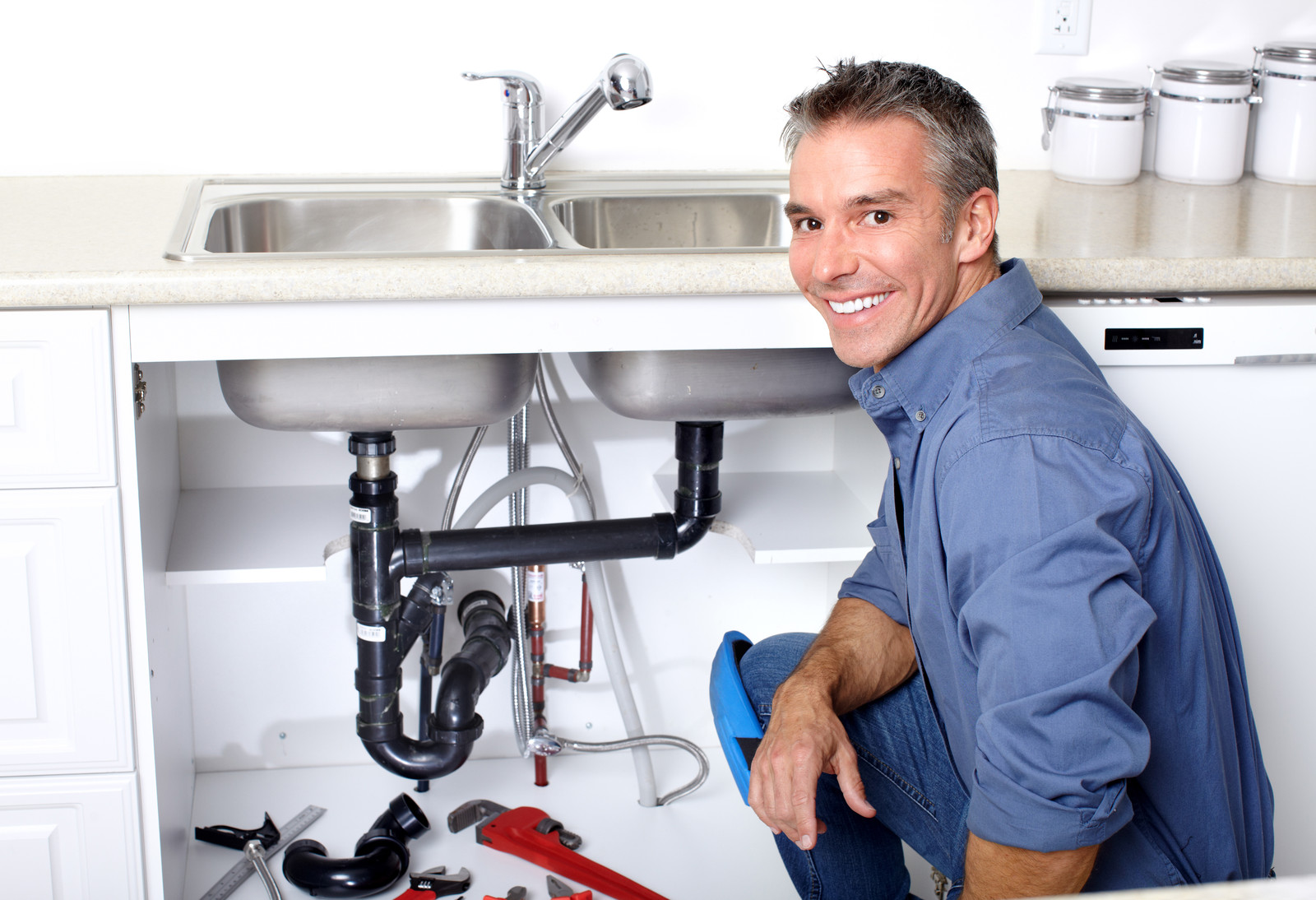 Helpful, eco-friendly plumbing tips for use at home