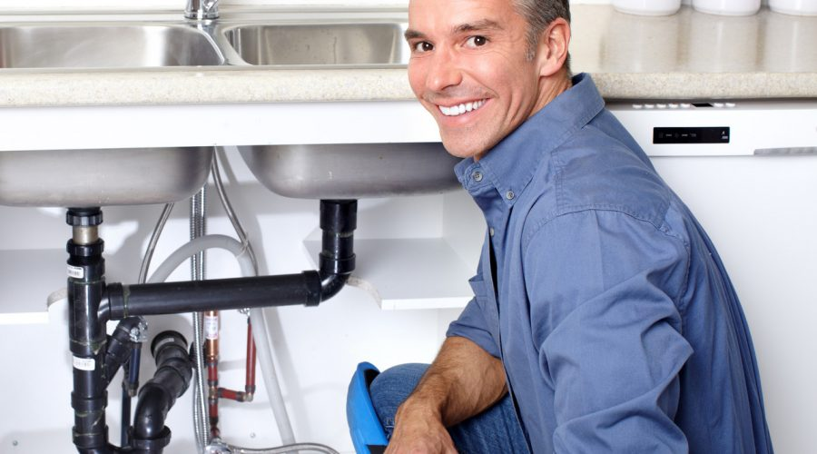 Avoid the Need for Emergency Plumbing Help When You Go Away with These Tips