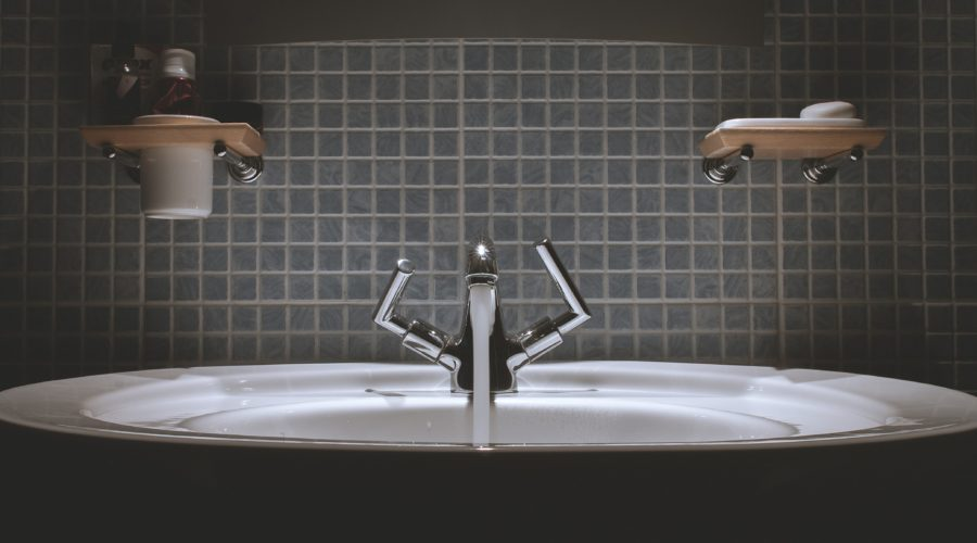 Are Touchless Bathroom Fixtures Healthier?